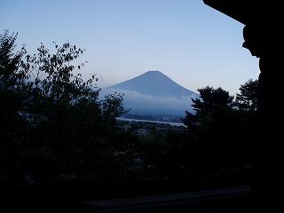 くっきりとコテッジから見えた富士