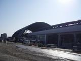 大屋根が特徴的な高知駅の姿