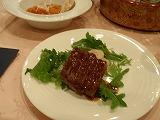 とろける肉汁が口の中にあふれ出すステーキ